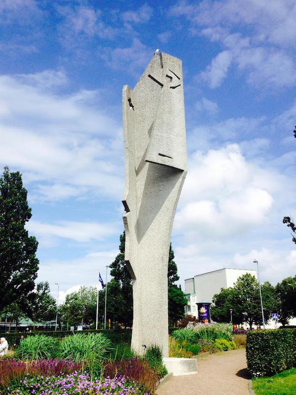 Picassova socha Hlava ženy ve Švédsku
